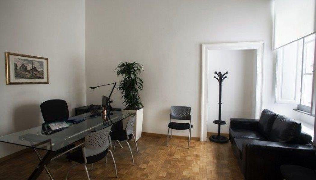 Via veneto roma centro affittasi uffici stanza uso for Affitto roma prati uso ufficio
