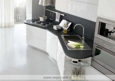 Stosa Cucine mod. Bring in laccato e legno da: Arredamenti Expo Web