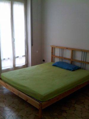 Affitto stanza con letto matrimoniale a 520 euro for Stanze affitto lugano
