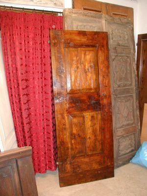 Porte vecchie ed antiche portoni vecchi ed antichi for Vendita mobili terni