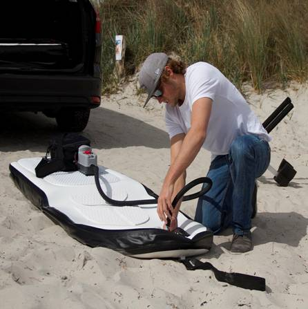 Il surf del futuro idrogetto a motore - Tavola da surf a motore ...