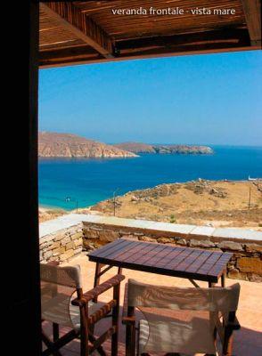 Grecia cicladi casa al mare a serifos for Case in affitto grecia sul mare