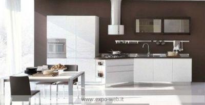 Stosa cucine mod bring in laccato e legno da arredamenti for Arredamenti d autore crotone
