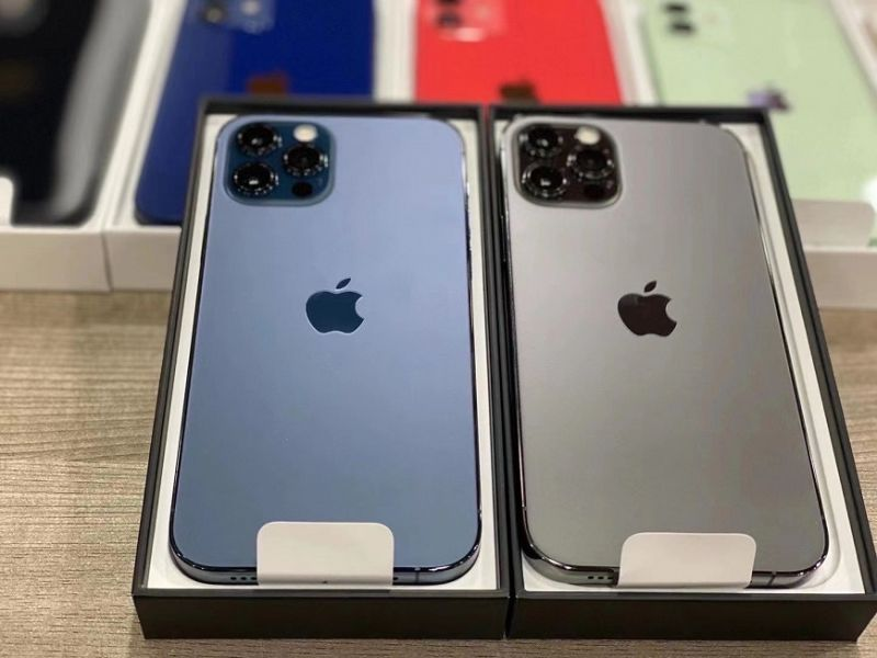 Apple iPhone 12 Pro 128GB per €600, iPhone 12 Pro Max 128GB per €650, iPhone 12 64GB per €480