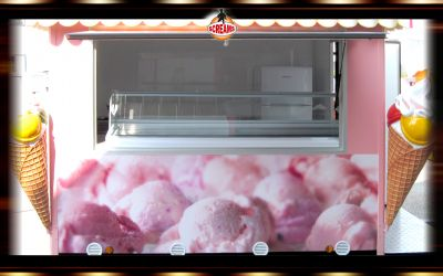 CHIOSCO GELATERIA YOGURTERIA AMBULANTE CON CARRELLO